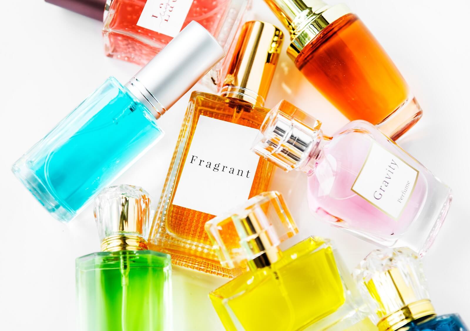 Flakony damskich perfum