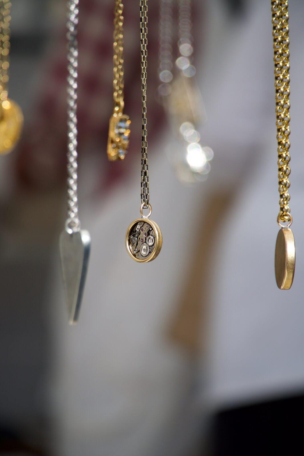 Biżuteria jako prezent na Komunię