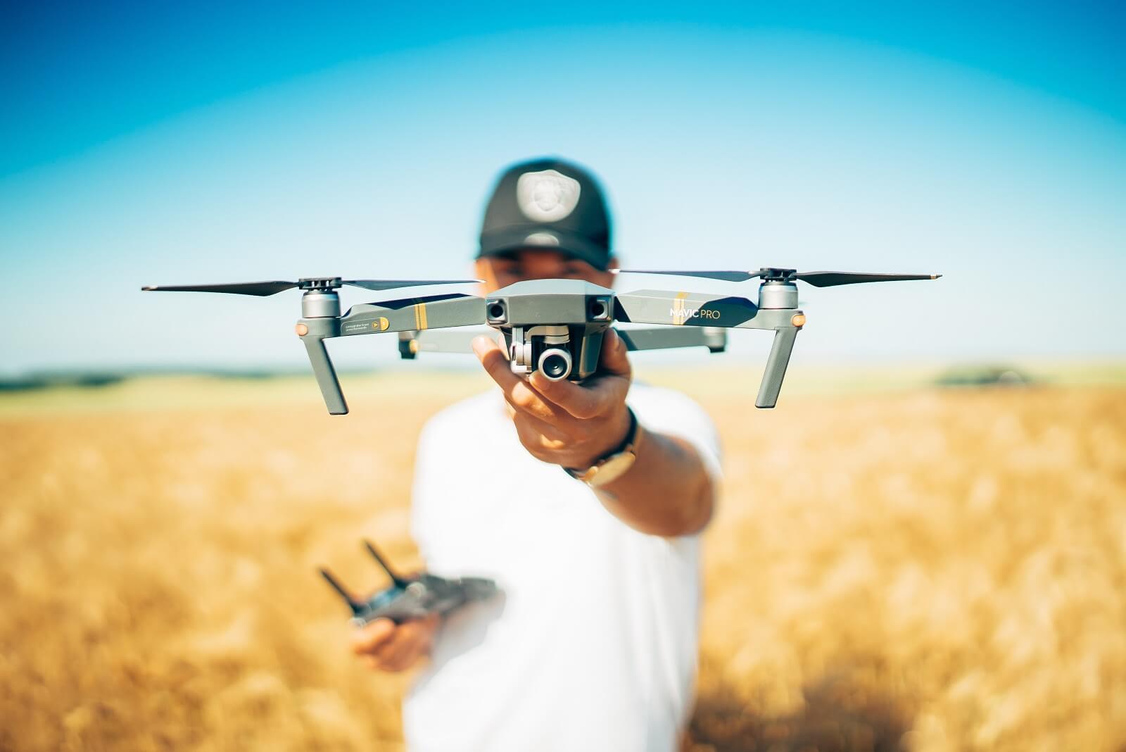 Prezent na Komunię dron