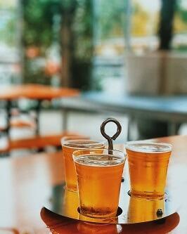 Piwo trzy szklanki