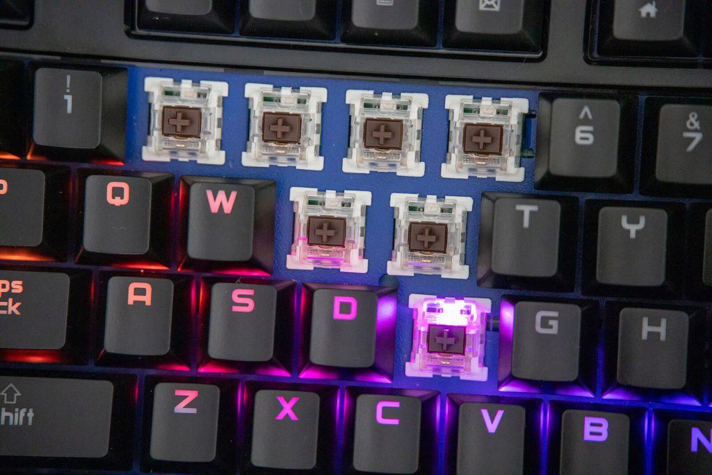 Przełączniki Outemu w klawiaturze mechanicznej