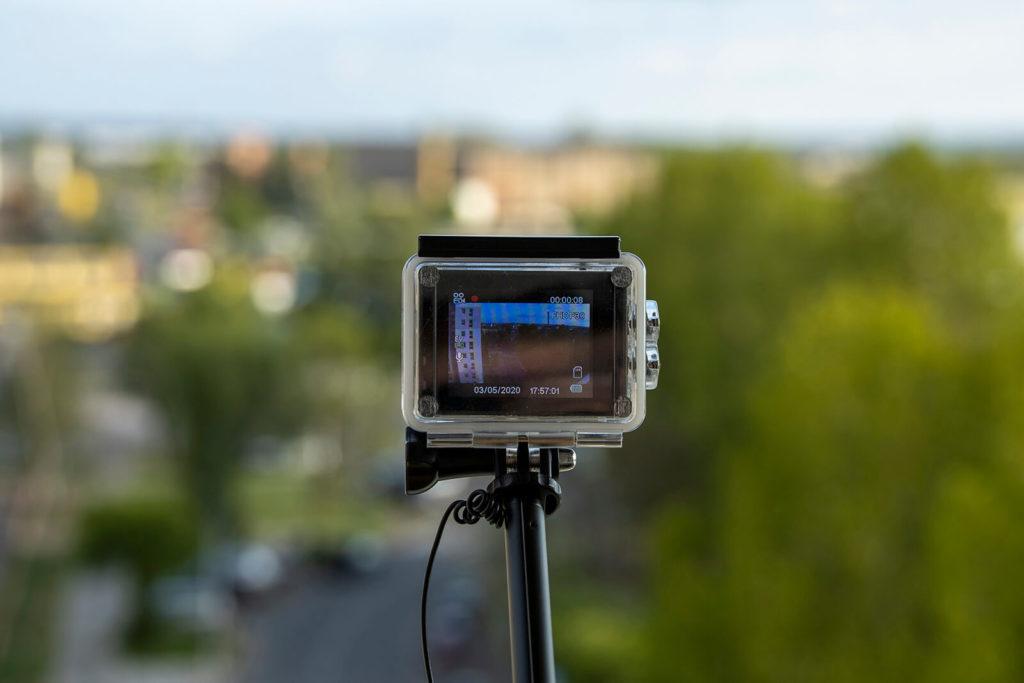 Kamera sportowa i selfie stick
